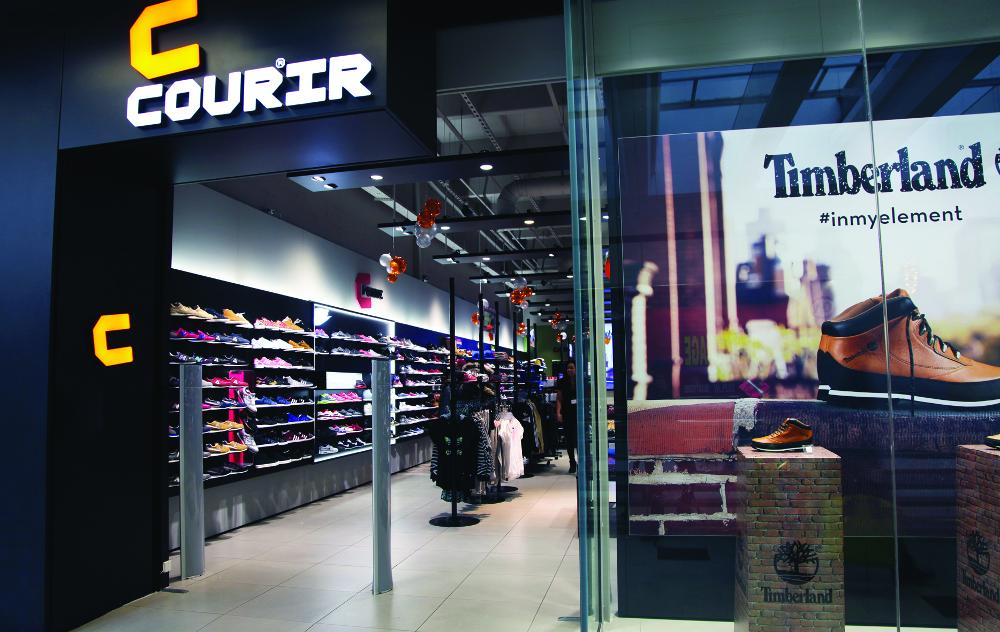 92c88fdc345 Courir poursuit son expansion grâce à la reprise de 12 magasins du réseau  Bata